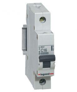 thiết bị đóng cắt MCB 16A legrand 402155